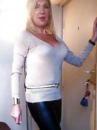 Blondes, Blonde milf
