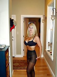 Mature pantyhose, Amateur pantyhose