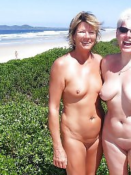 Mature milfs, Unaware