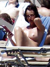 Voyeur, Topless, Caught, Beach topless, Voyeur beach, Beach voyeur