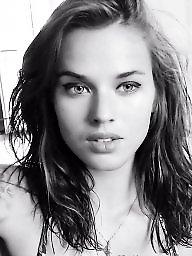 Webcam, Public nudity