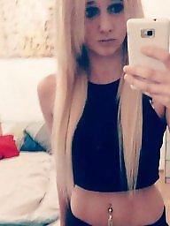 Hotel, Blonde teen