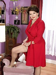 Granny stockings, Mature stockings, Granny nylon, Mature nylon, Mature legs, Nylon mature