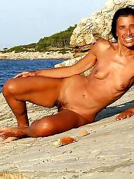 Voyeur, Nude beach, Voyeur beach