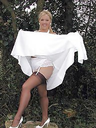 Outdoor, Leggings, Nylons, Nylon upskirt, Upskirts, Vintage nylon