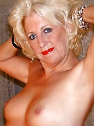 Mrs, Mature pose, Camera, Tit mature, Mature posing