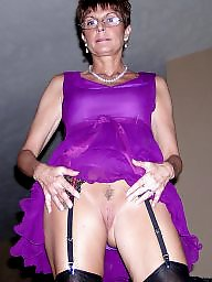 Amateur mom, Amateur moms, Mature moms, Mom amateur, Mature milf