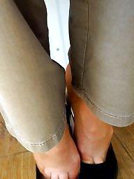 Nylon feet, Feet