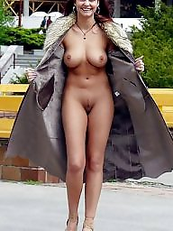 Public boobs, Public nudity