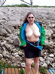 Mature flash, Mature flashing, Public mature, Mature public, Public matures