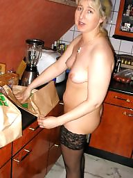 Housewife, Kitchen, German