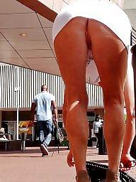 Upskirt, Flashing