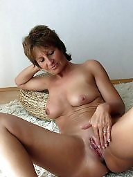 Moms, Real mom, Mature mom, Amateur moms, Mature moms, Real amateur