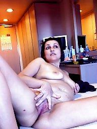 Mature brunette, Brunette amateur, Wife mature