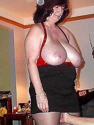 Flashing boobs