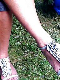 Mature feet, Feet