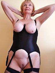 Mom, Mature mom, Mature wife, Moms, Slutty, Amateur mom