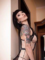 Tattoo, Model