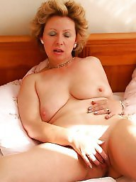 Mature mom, Aunt, Mature amateur, Mature moms, Amateur moms, Amateur matures