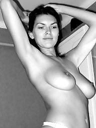 Horny, Posing