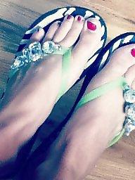 Mature feet, Voyeur mature, Feet
