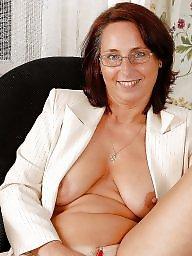 Mom boobs, Milfs, Mature mom
