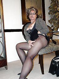 Mature milf, Curved