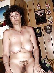 Saggy, Saggy tits, Nipples