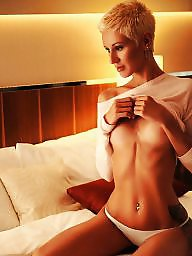 Blonde ass, Amazing