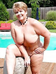Mature public, Public nudity