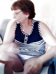 Granny, Spy mature, Voyeur mature, Grannis