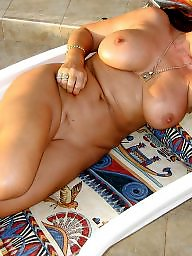 Amateur granny, Mature wives, Mature granny, Grannis
