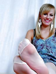 Nylon feet, Nylons, Feet nylon, Stocking feet