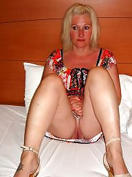 Short hair, Shorts, Mature flashing, Mature blonde, Short, Hair