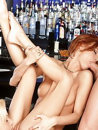 Threesome, Bar