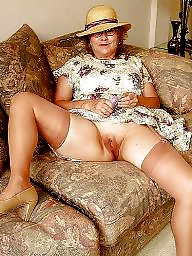 Spreading, Spread, Mature stockings, Mature spreading, Mature spread, Tanned