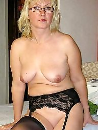 Hot mom, Moms, Hot moms, Amateur mature, Amateur mom, Mature mom