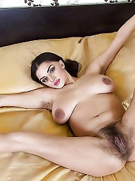 Hairy, Hairy mature, Mature brunette