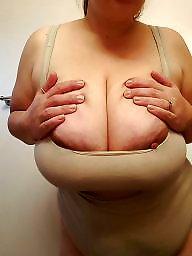Show, Titties