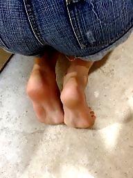 Asia, Feet