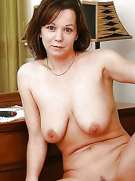 Mature nipple, Amateur matures