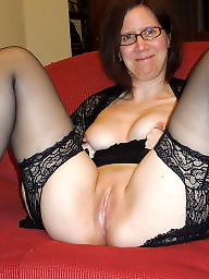 Pussy, Hot mom, Mature pussy, Moms, Mom, Mature flashing