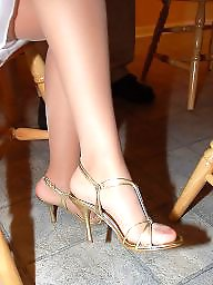 Voyeur, Stocking feet