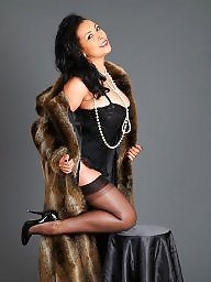 Fur, Brunette, Fur coat, Coat