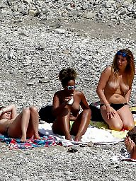 Topless, Group beach