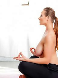 Yoga, Brunette milf
