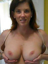 Tits, A bra, Hand