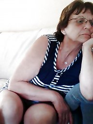 Granny, Spy