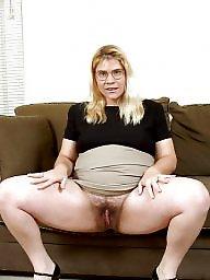 Pregnant, Blonde mature