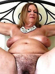 Spreading, Spread, Mature spreading, Mature spread, Spreading mature, Amateur moms